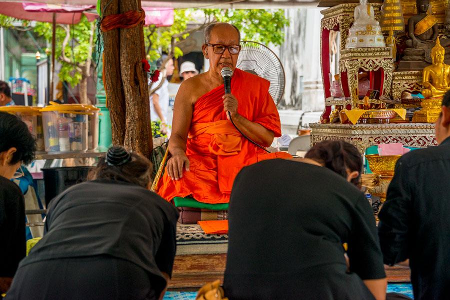 Bangkok v nedelu rano