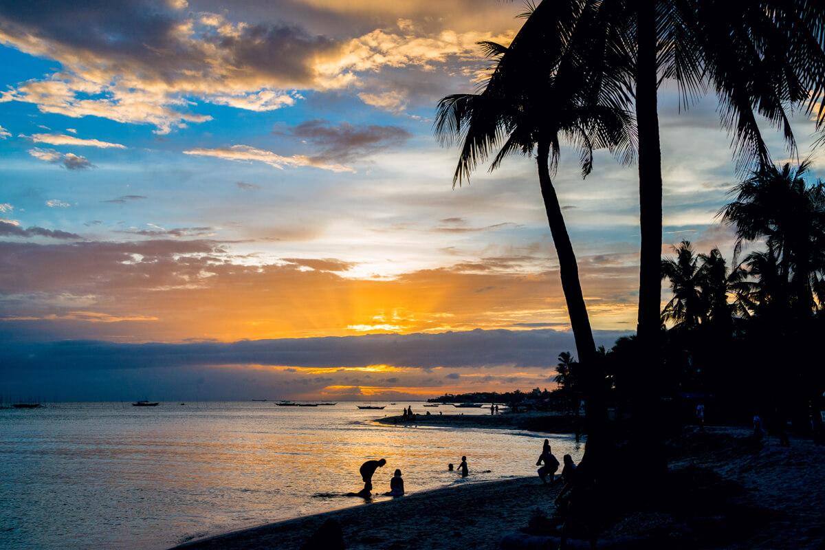 Bantayan západ slnka