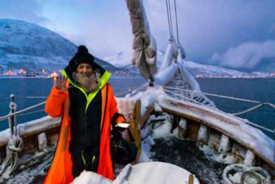 Plavba zimným fjordom nálada na lodi