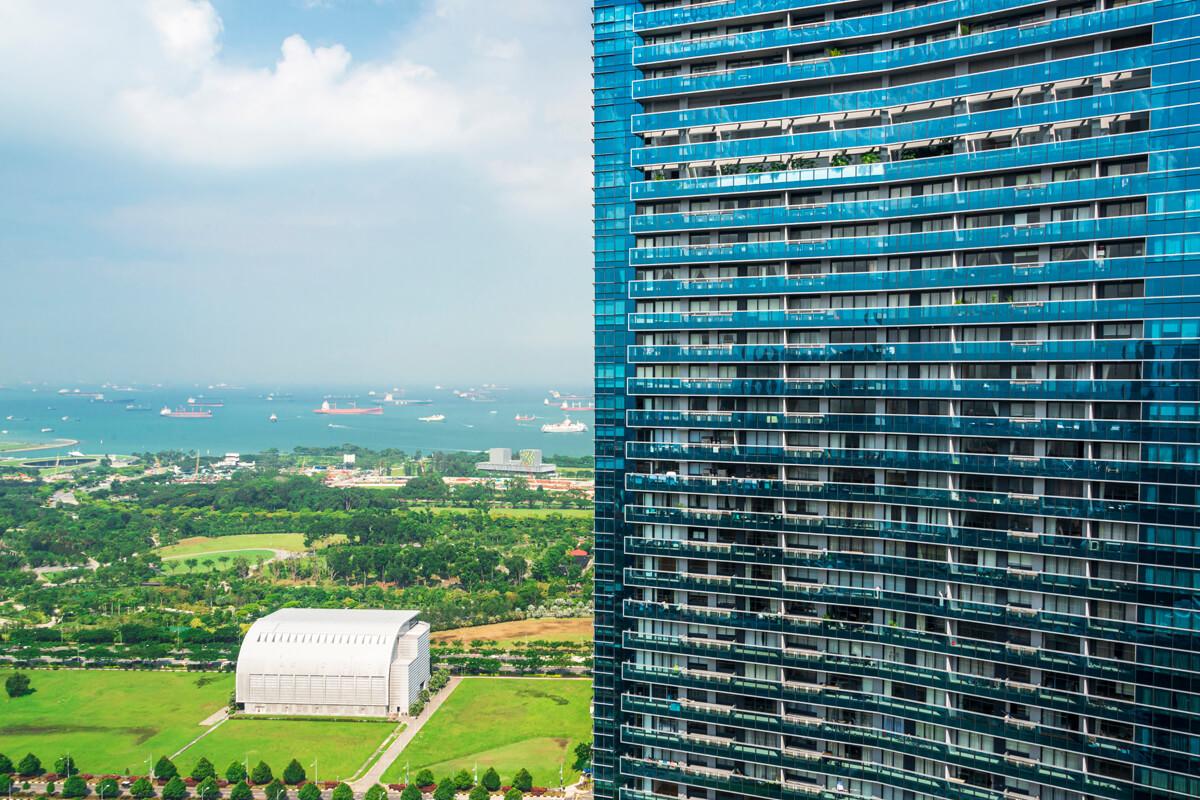 Singapur sa pasuje so zhustenou výstavbou